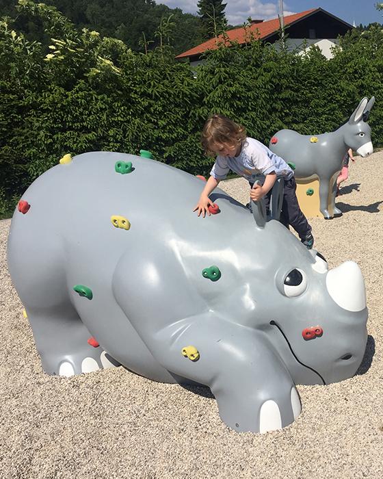 CGH_Kategorija_children_playground_equipment